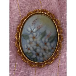 Hand painted porcelain gold tone brooch