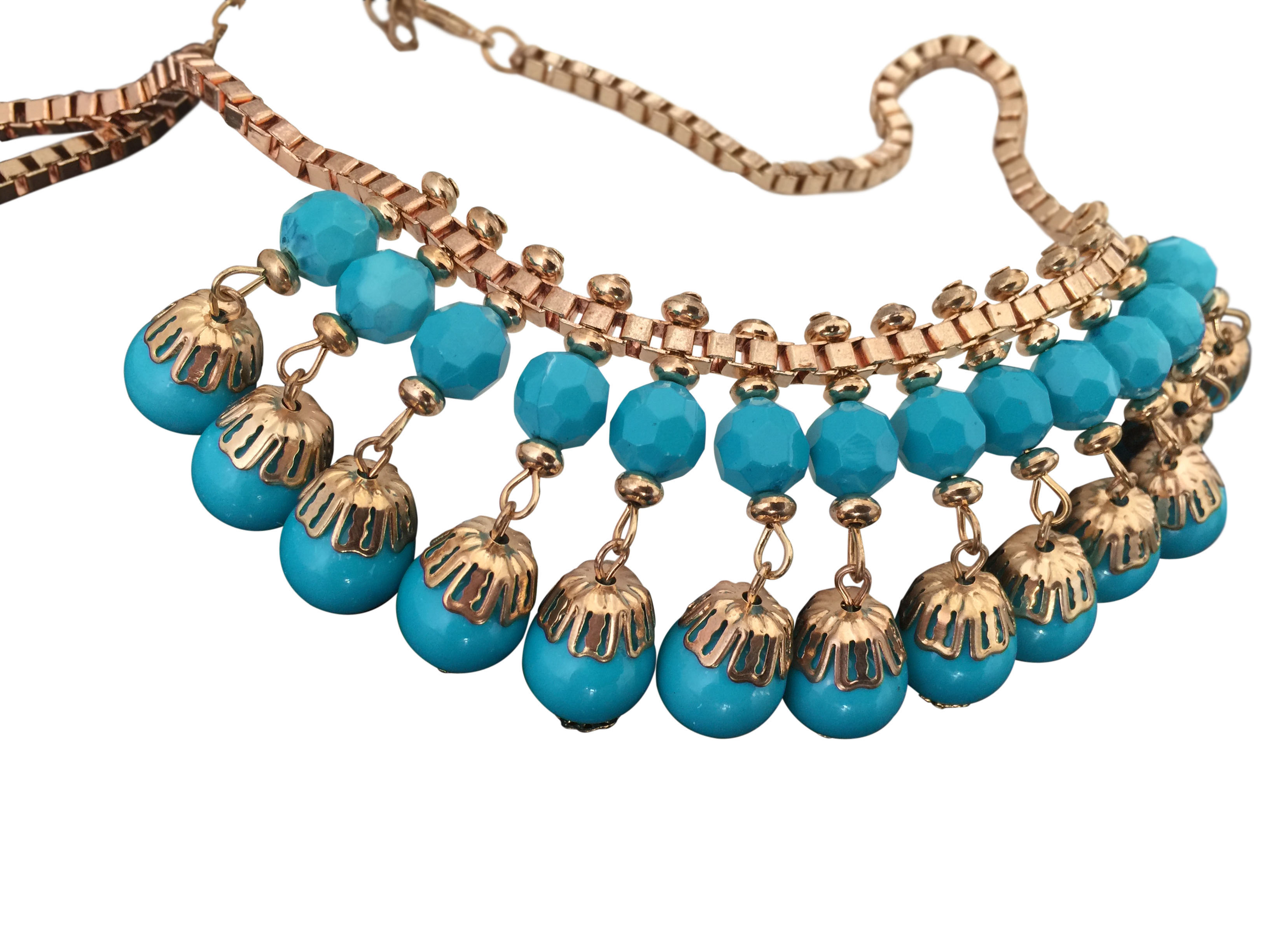 gorgeous gold tone bib necklace with lucite beads