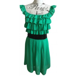 Green dress, sequinned black belt