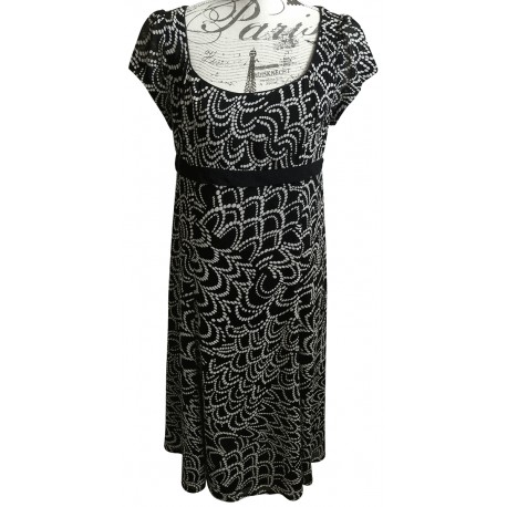 Blooms black and white dress
