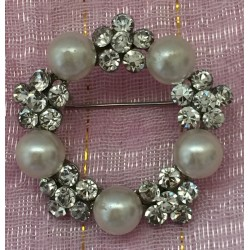 Paste crystals and faux pearl wreath brooch