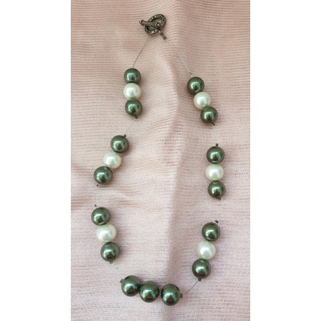 Grey white pearl necklace