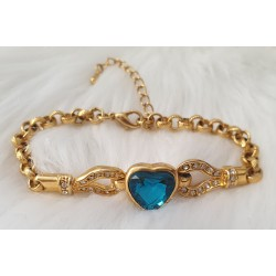 Blue heart solitaire crystal bracelet